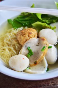 Free Asian Style Noodle Stock Photo - 20739510
