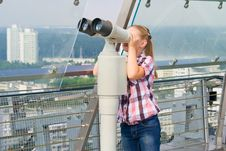 Free A Girl Looks Through A Telescope Stock Image - 20741981