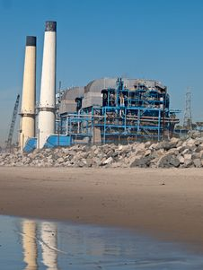 Free Powewr Plant In Manhattan Beach Stock Image - 20742071