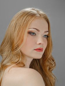 Free Redheaded Picture Of Beauty Royalty Free Stock Image - 20746236