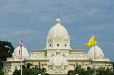 Free White Building In Thailand Royalty Free Stock Photos - 20748218