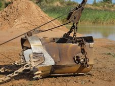 Free Excavator Shovel Royalty Free Stock Images - 20750349