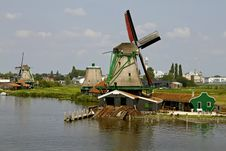 Free Zaanse Schans Historic Windmills Royalty Free Stock Photography - 20754607
