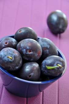 Free Plums Royalty Free Stock Images - 20756469