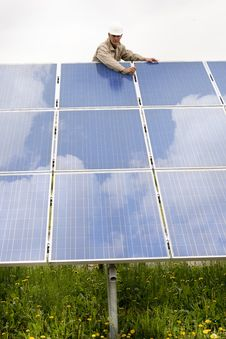 Free Working On Solar Panels Stock Photography - 20761822