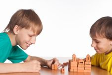 Free Two Boys Playing Royalty Free Stock Photos - 20762948