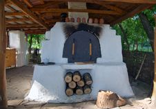 Free Russian Traditional Stove Royalty Free Stock Photos - 20766608