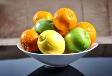 Free Fruits In A Ceramic Bowl Royalty Free Stock Images - 20772449