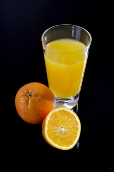 Free Orange Juice Glass And Sliced Orange Royalty Free Stock Photos - 20772538