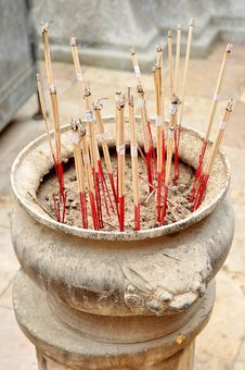 Free Joss Stick Pot Royalty Free Stock Image - 20773006