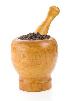 Free Pepper In Mortar And Pestle On White Royalty Free Stock Photos - 20775768