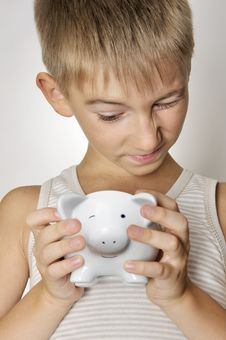 Free Boy With Piggy Bank Royalty Free Stock Images - 20779899