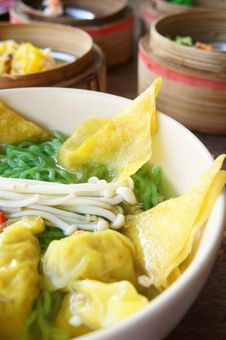 Free Chinese Noodle With Dimsum Stock Image - 20784871