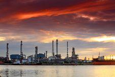 Free Oil Refinery At Twilight, Bangkok Thailand Royalty Free Stock Image - 20785376