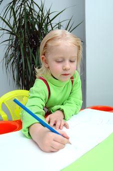Free Little Child Writes Pencil Royalty Free Stock Image - 20785446