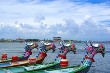 Free Arranged Dragon Boats Stock Photography - 20786912
