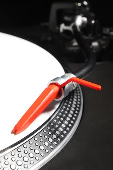 Turntable Playing Viyl Record With Music Royalty Free Stock Photos