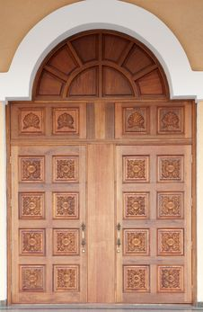 Free Old-fashioned Carved Door Stock Images - 20788594