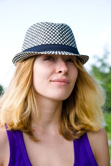 Free Pretty Blond Girl In Hat Royalty Free Stock Photo - 20789195