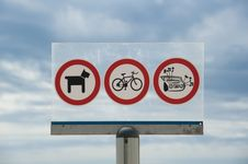Free Prohibitions On The Beach Royalty Free Stock Photo - 20791575