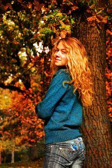 Free Girl Walking In Autumn Park Stock Photos - 20793083