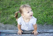 Free Little Girl Outdoors Royalty Free Stock Photography - 20793937