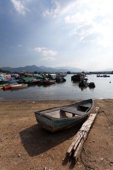 Free Fishing Boat Royalty Free Stock Photo - 20799345