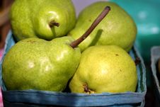 Free Fresh Pears Royalty Free Stock Photography - 2080817