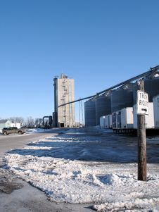 Free Grain Elevator In The Snow Stock Photography - 2084472
