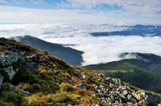 Free Early Morning Fog And Clouds In The Mountains Stock Photo - 20800200