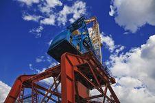 Free Portal Crane Royalty Free Stock Image - 20802456