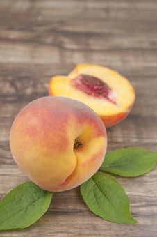 Free Peach Royalty Free Stock Photos - 20802748