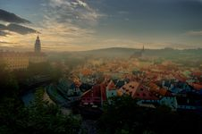 Free Misty Morning In Cesky Krumlov Royalty Free Stock Photos - 20803898
