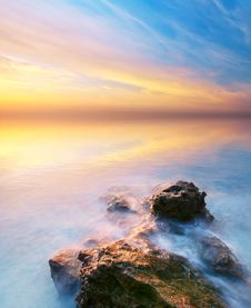 Free Beautiful Seascape. Royalty Free Stock Photography - 20804557