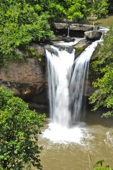 Free Beautiful Waterfall In The Jungle. Stock Photography - 20806612