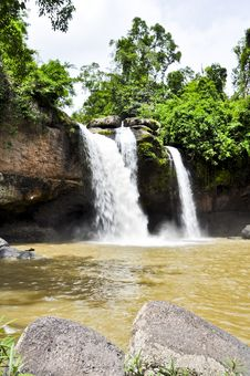 Free Beautiful Waterfall In The Jungle. Stock Photo - 20806650