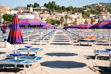 Free Urban Sand Beach On Sicily Royalty Free Stock Images - 20808779