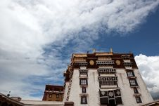 Free Potala Palace And Cloudscape Stock Photos - 20809873