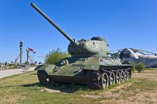 Free Russian Battle Tank Royalty Free Stock Image - 20810706