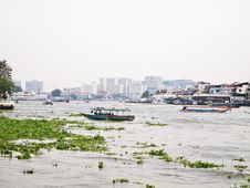 Free View On Chao Phraya River At Afternoon , Bangkok Royalty Free Stock Photography - 20813767