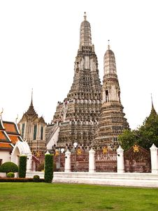 White Isolated Of Pagoda Wat Arun , Bangkok Royalty Free Stock Image
