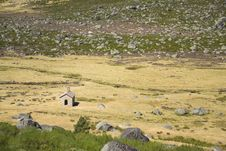Free A Small Chapel In The Estrela Mountain, Portugal Stock Photo - 20814990