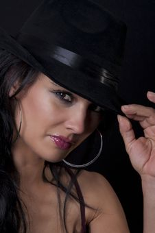 Free Beautiful Brunette With Black Hat Stock Images - 20818904