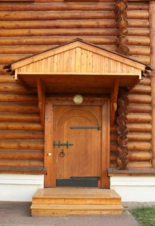 Free Entrance Into A Wooden House Royalty Free Stock Images - 20820649