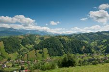 Free Hilly Landscape With Green Vegetation In Romania Stock Photos - 20824693
