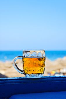 Free Mug Of Cold Beer. Royalty Free Stock Photography - 20825777