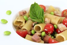 Free Smoked Honey Ham Rigatoni With Edamame Peas Stock Image - 20828841