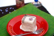Free Hungarian Raspberry Dessert Stock Photo - 20829610