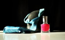 Free Nail Polish With Hat And Tie In Background Royalty Free Stock Photos - 20830458