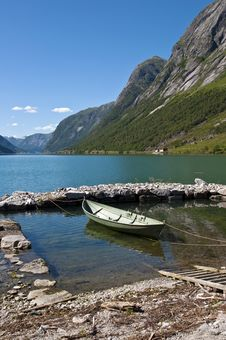 Free Fjords And Boat Royalty Free Stock Photos - 20832038